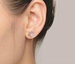 paw-earing-4